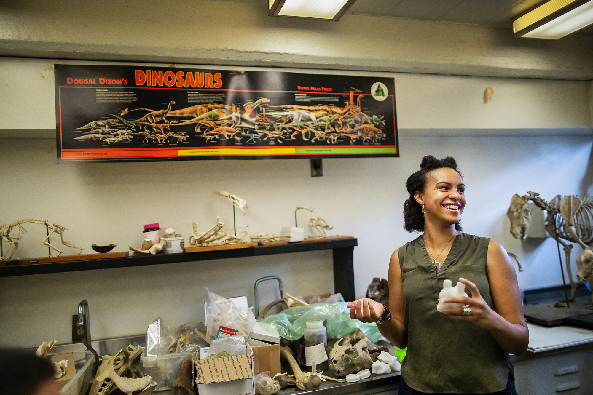 Aja Carter Gr'21, uncovers link between environment and spine shape for early amphibians
