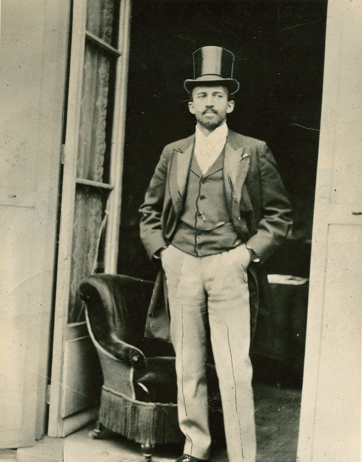 the times and life of w e b du bois at penn penn current w e b du bois at the paris international exposition 1900 photo by w e b du bois collection special collections and university archives umass amherst