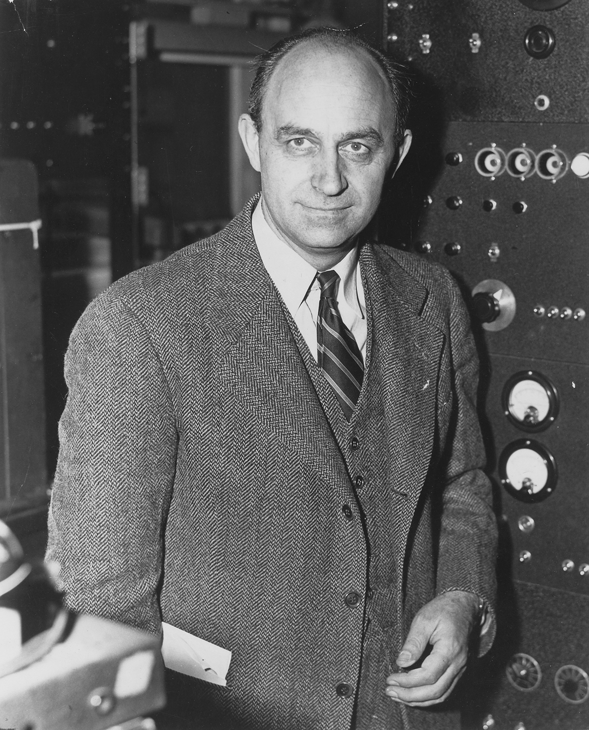 a biography of enrico fermi a physicist Biography enrico was born in rome on september 29, 1901 as a son of alberto fermi, an administrative employee of the italian railroads, and ida de gattis, a former school teacher fermi emilio segrè, enrico fermi, physicist (1970.