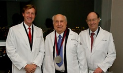 Raymond Perelman receives Penn Medal for Distinguished Achievement