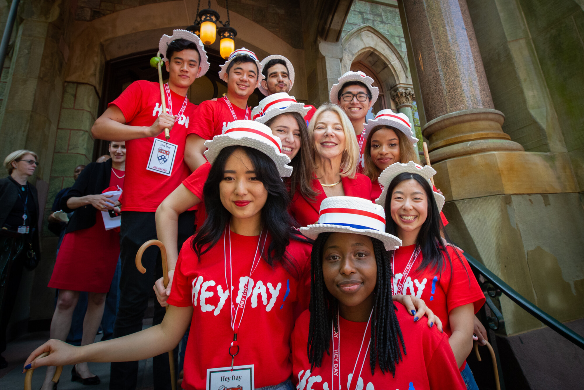 junior class with penn president amy gutmann