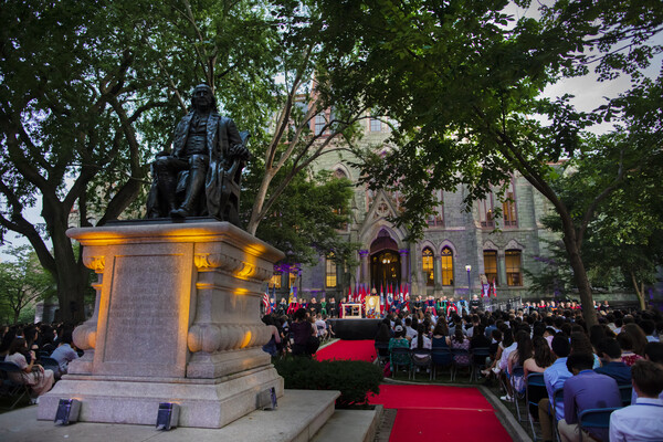 2018 Convocation - Franklin statue on College Green