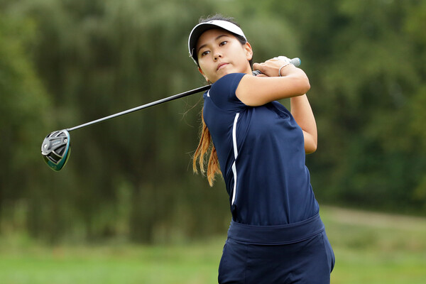 Mary Shin Penn golf