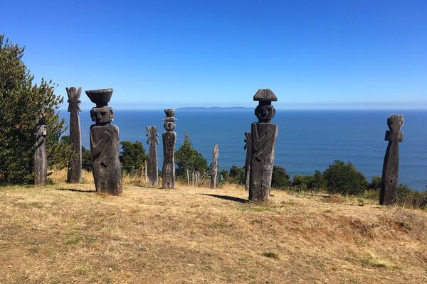 Tirua Sur Chile statues
